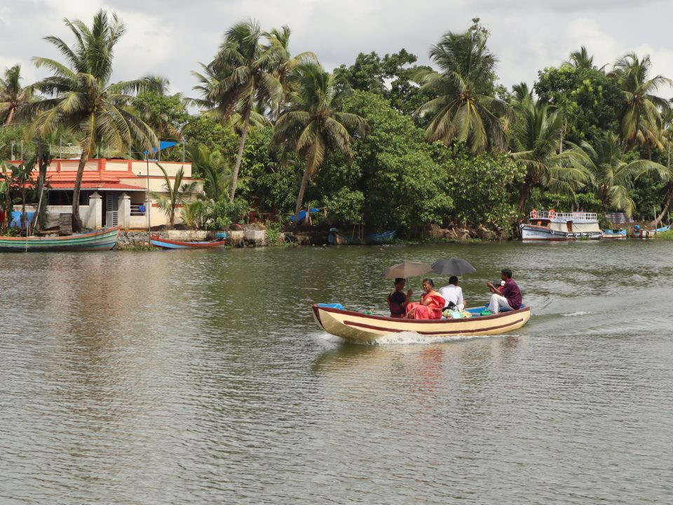 Vembanad Lake-Magical beauty of Alleppey backwaters